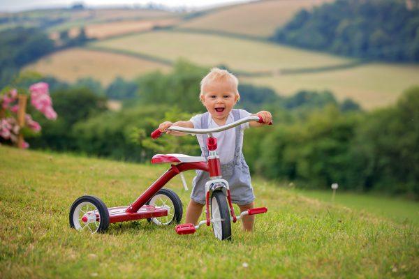 Bebek Bisikleti Nasıl Seçilir? Üç Tekerlekli Bisiklet Çeşitleri