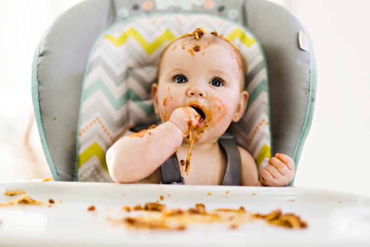 Bebeklerde Ek Gıdaya Geçiş Hakkında Her Şey!