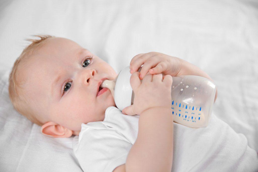 Bebeklerde Süt Alerjisi Nedir?