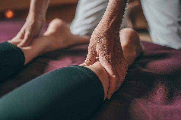 Gebelikte Bacak Ağrısı Neden Olur? Hamilelikte Bacak Ağrısı