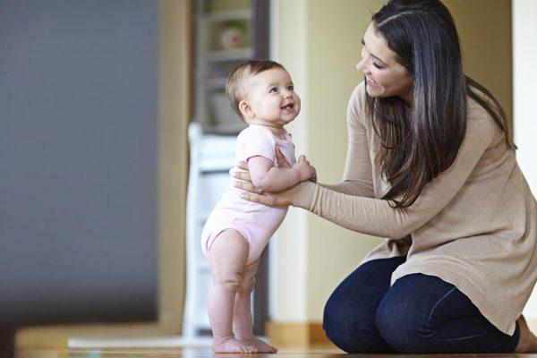 Yürüme Döneminde Bebeğinize Yardımcı Olma Yolları